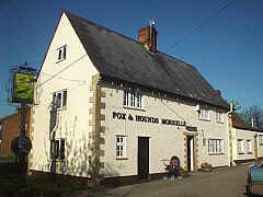 Fox & Hounds, Uffington